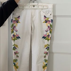 7 for all Man kind embroidered white Jeans
